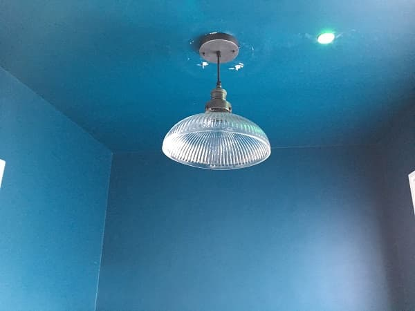Proper pendant light was added