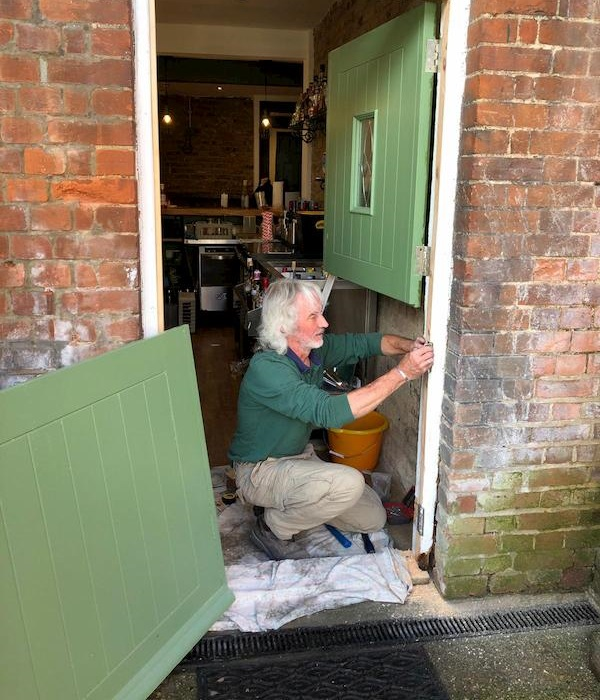 Tony swapping the stable door round